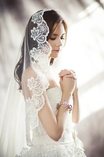 wedding-dresses-1486256_640.jpg